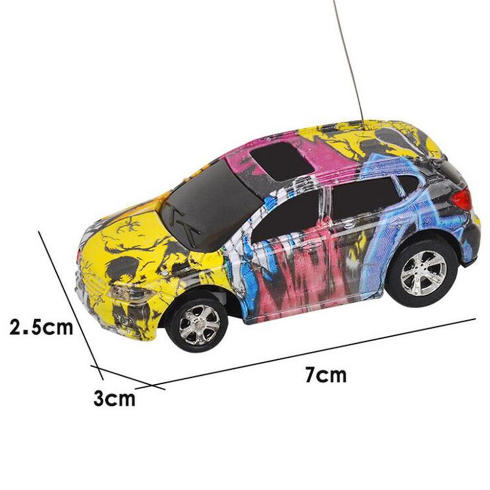 rc-cars 1PC Mini Coke Rc Car W/ LED Light Radio Control Micro Racing Toy Random Color RC1382442 4