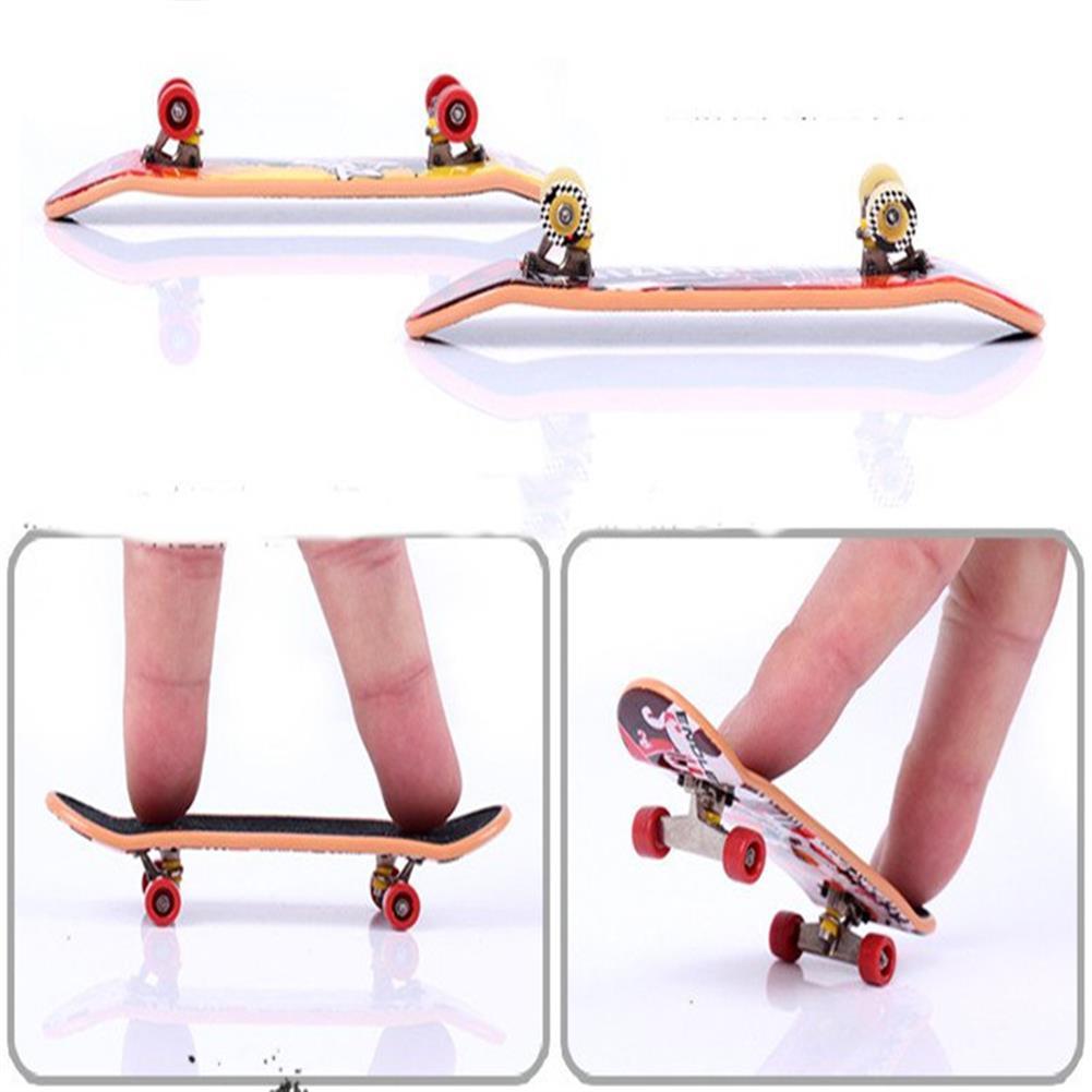 novelties Random Color Graffiti Finger Skateboard Mini Suit with Tools Toys for Kids Children Gift HOB1187067 1