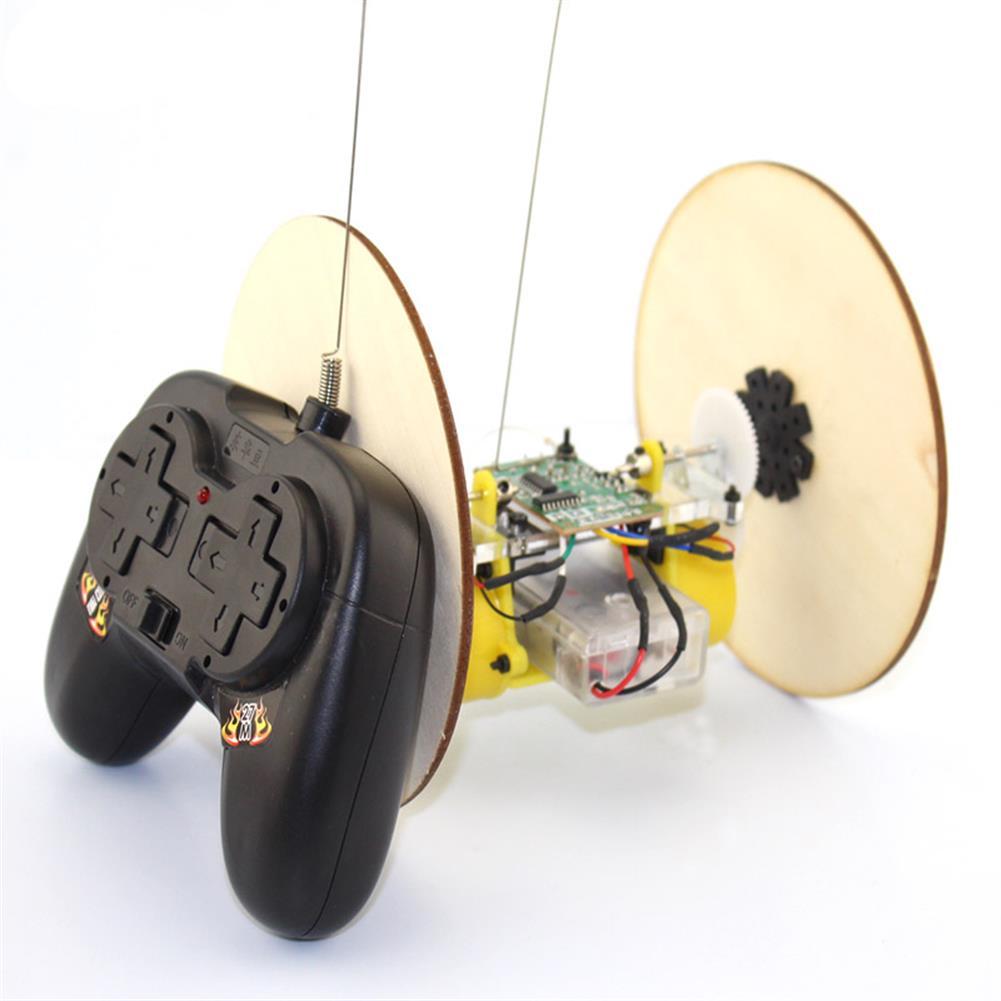 diy-education-robot DIY Wood Wheel Tire Remote Control Car Model Robot Toy Science Experiment HOB1709106