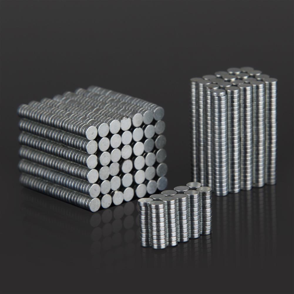 magnetic-toys 100PCS 3mm x 1mm N35 Rare Earth Neodymium Super Strong Magnets HOB923000